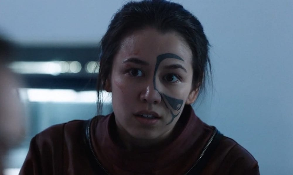 "Luisa d'Oliveira as Emori in The 100 4x13 ""Praimfaya"""