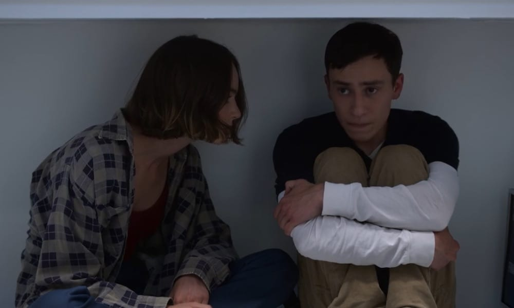 """Brigette Lundy-Payne as Casey Gardner and Keir Gilchrist as Sam Gardner in Atypical 2x08 """"Living at an Angle"""""""