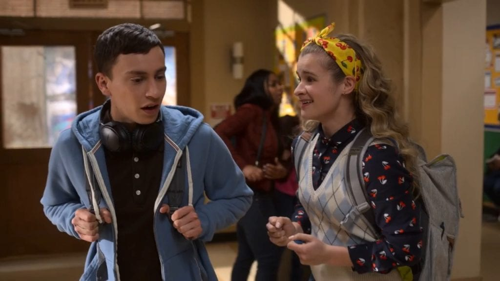 """Keir Gilchrist as Sam Gardner and Jenna Boyd as Paige Hardaway in Atypical 2x07 """"The Smudging"""""""